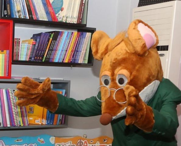 Ο Τζερόνιμο Στίλτον στο 2ο Δημοτικό Σχολείο Σταυρούπολης!